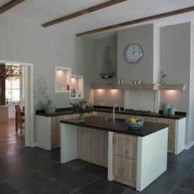 Bouw landelijke keuken